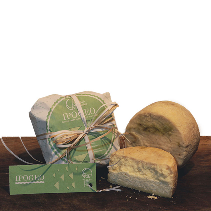 Ipogeo – Aged pecorino cheese