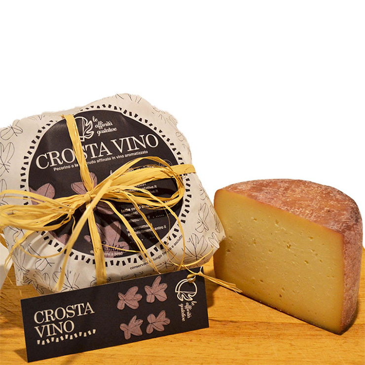 Crostavino – Aged pecorino cheese with red wine