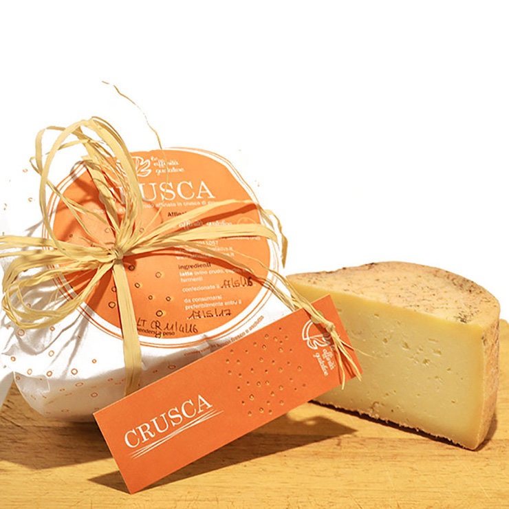 Crusca – Aged pecorino cheese with wheat bran
