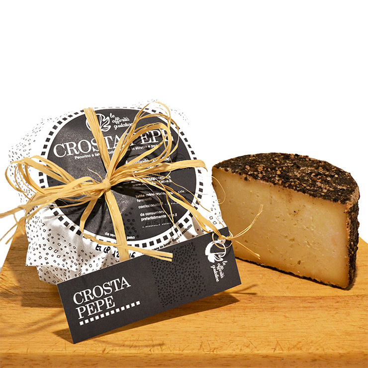 Crostapepe – Aged pecorino cheese with pepper