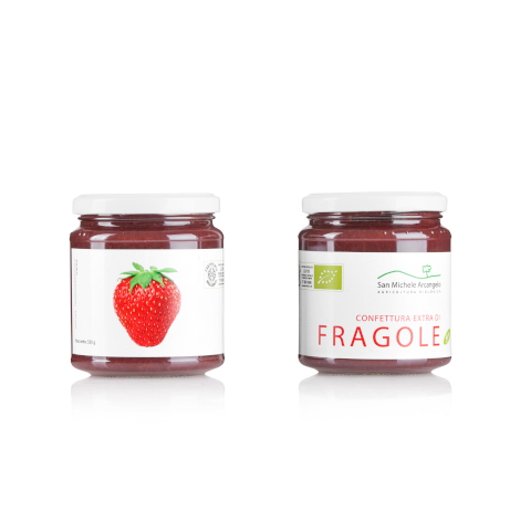 Organic strawberry extra jam