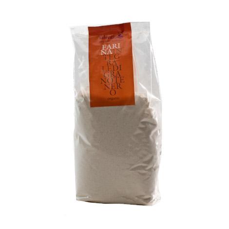 Farina integrale di grano tenero