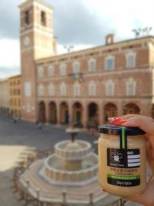 Visita Fabriano e acquista i prodotti tipici marchigiani