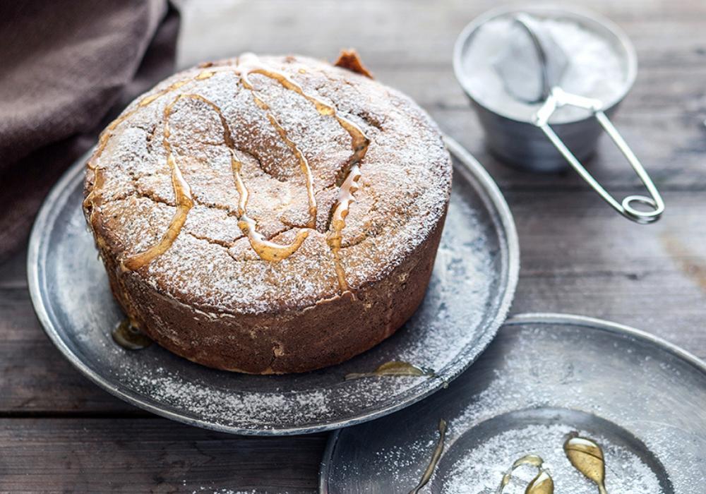 La ricetta della torta miele e zenzero: tutti i passaggi per realizzarla